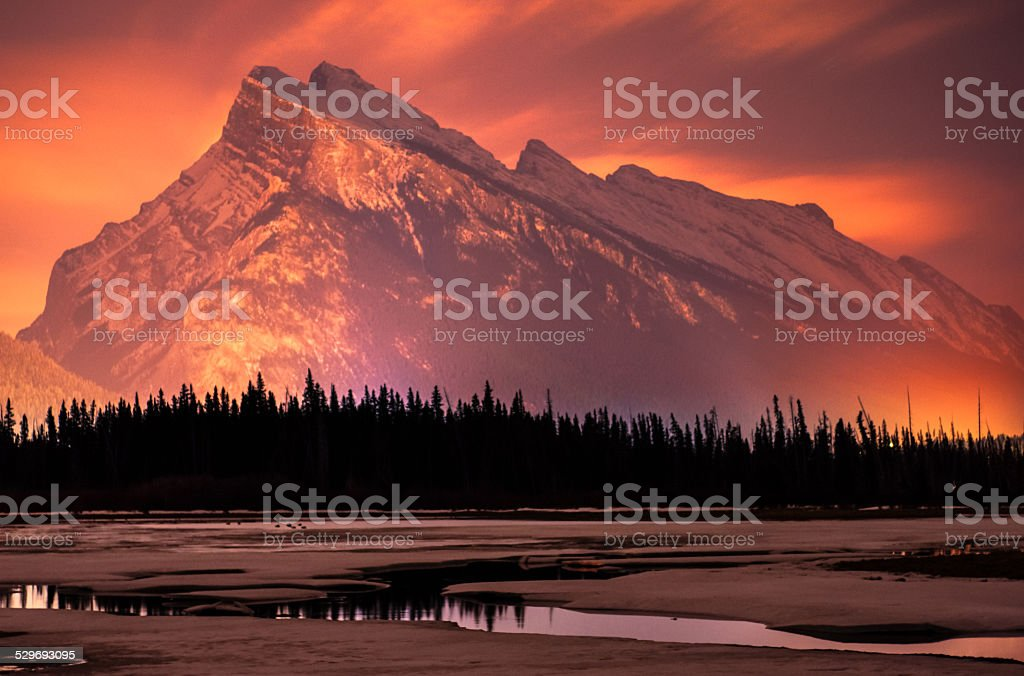 Red Rundle Mountain Vermillion Lake stock photo