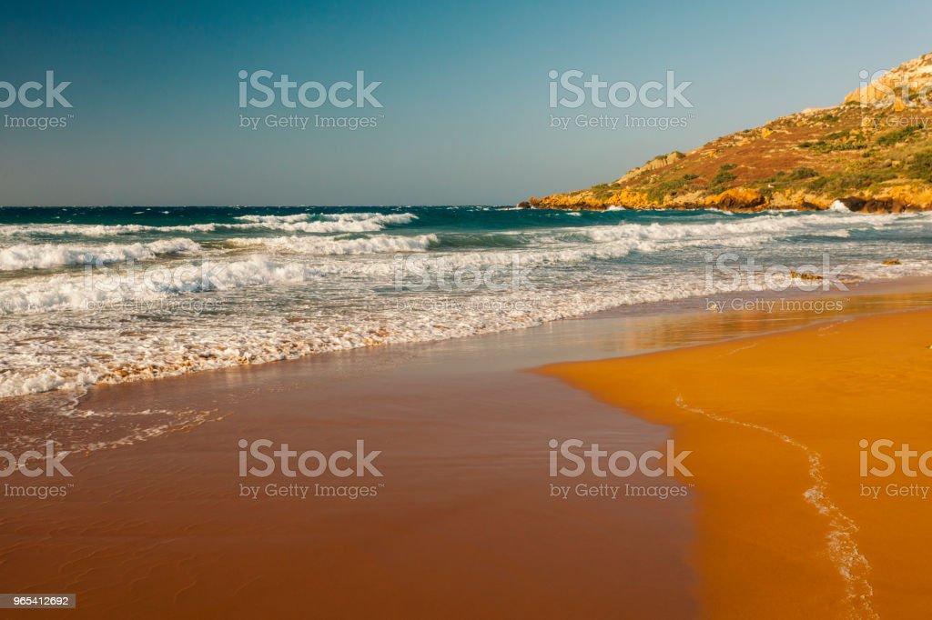 馬爾他戈佐島拉姆拉灣紅沙灘 - 免版稅名勝古蹟圖庫照片