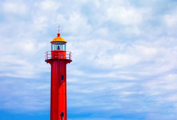 red sea lighthouse - rain clouds porto portugal imagens e fotografias de stock