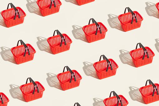 Red shopping basket pattern
