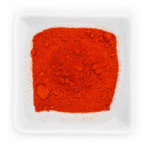 rode gerookte paprikapoeder piment la vera - paprikapoeder stockfoto's en -beelden