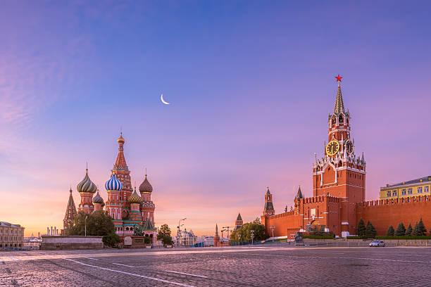 praça vermelha de manhã - moscovo - fotografias e filmes do acervo