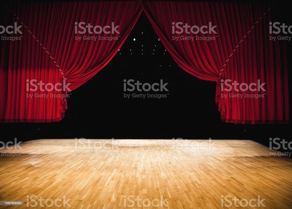 Rojo cortina de escenario - foto de stock