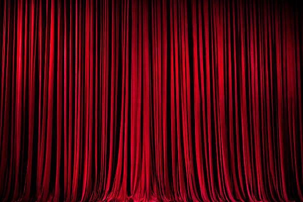 tende di palco rosso - sipario foto e immagini stock