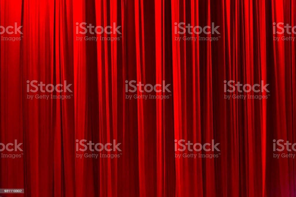 Kırmızı şeritli perde içinde tiyatro zarif doku geçmiş. - Royalty-free Arka planlar Stok görsel