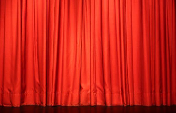 rote theater vorhang - schmidt theater stock-fotos und bilder