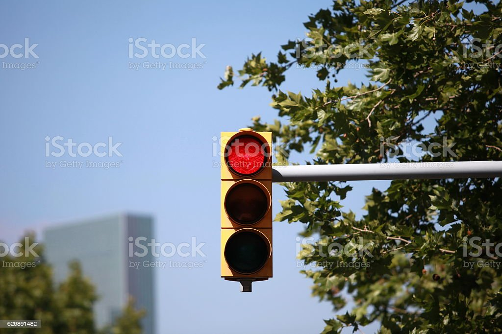 red traffic light intersection – Foto
