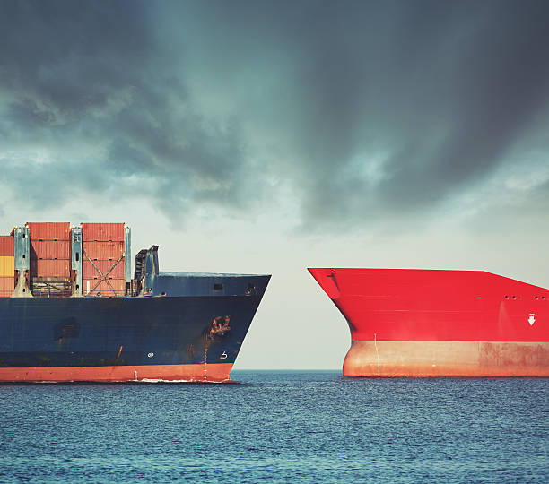 red versus blue - hull stock pictures, royalty-free photos & images