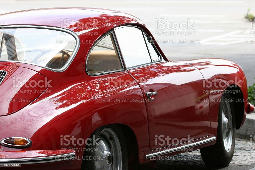 Rote vintage-porsche 356 – Foto