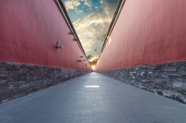 red walls passage in Forbidden city, Beijing red walls passage in Forbidden city, Beijing narrow stock pictures, royalty-free photos & images