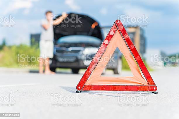 Red Warning Triangle Stockfoto und mehr Bilder von Abwarten