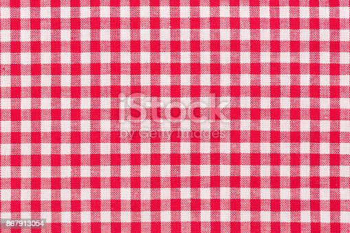 istock Red, whire checkered tartan, pattern 867913054