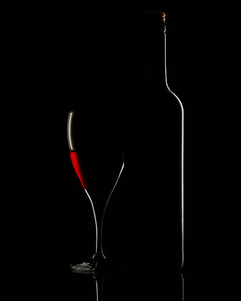 Red wine bottle and glass – Foto