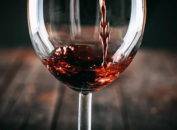Red wine picture id506672016?b=1&k=6&m=506672016&s=612x612&w=0&h=pyejziq2v60vt o3trmyalnucbhhbkxgtbdzbfs uy4=