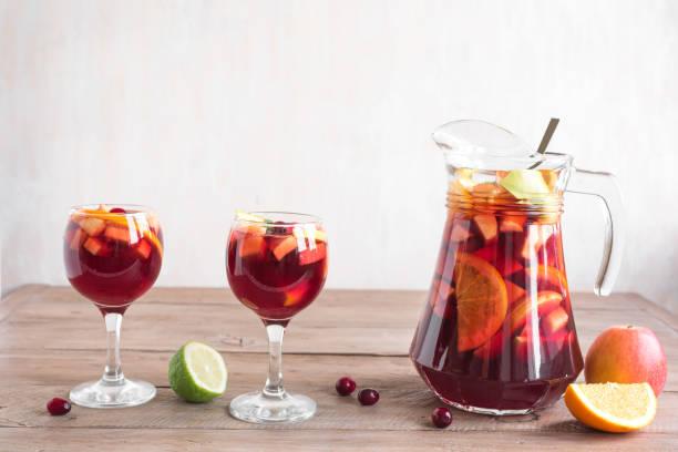 Rotwein sangria – Foto