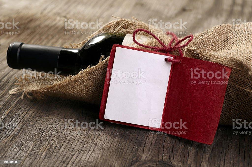 Rotwein mit Nachricht – Foto
