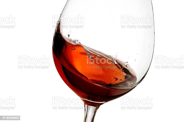 Red wine with splash close up isolated picture id618536860?b=1&k=6&m=618536860&s=612x612&h=8yjqicllxmqz7htybqivtsit4gitqfjpacrjs76uo o=