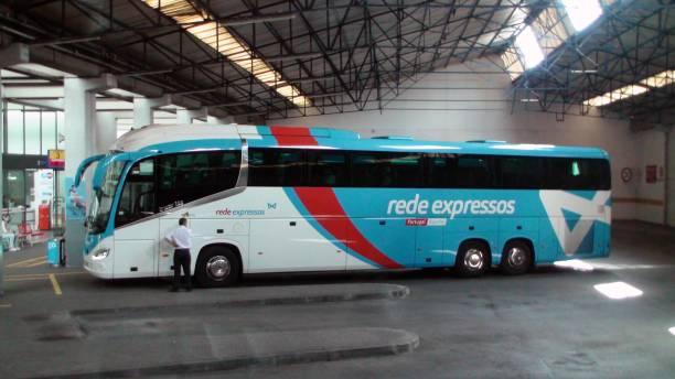 rede expresso bus portugal, people, lisboa oriente bus station - resultados lisboa imagens e fotografias de stock