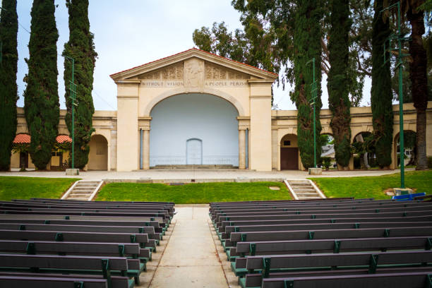 Redlands Bowl in Redlands, California Redlands, CA  / USA - May 7, 2019: The Redlands Bowl is located at 25 Grant Street in the City of Redlands, California. redlands california stock pictures, royalty-free photos & images