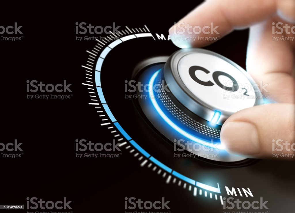 Reduce Carbon Dioxide Footprint. CO2 Removal - Foto stock royalty-free di Abbassare