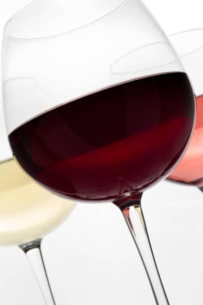 Redwhite and rose glasses wine on the white background picture id1062028662?b=1&k=6&m=1062028662&s=612x612&w=0&h=b0rl6wzkfyqv9ij6iqvls2lofyfq tc bsjcnzcd6o4=