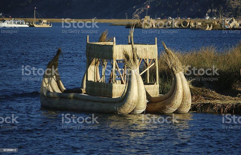 Reed łodzi na Jezioro Titicaca zbiór zdjęć royalty-free