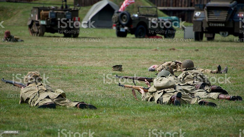 enactors jeden zweiten Weltkrieg wieder Angriffe im Fort George Park – Foto