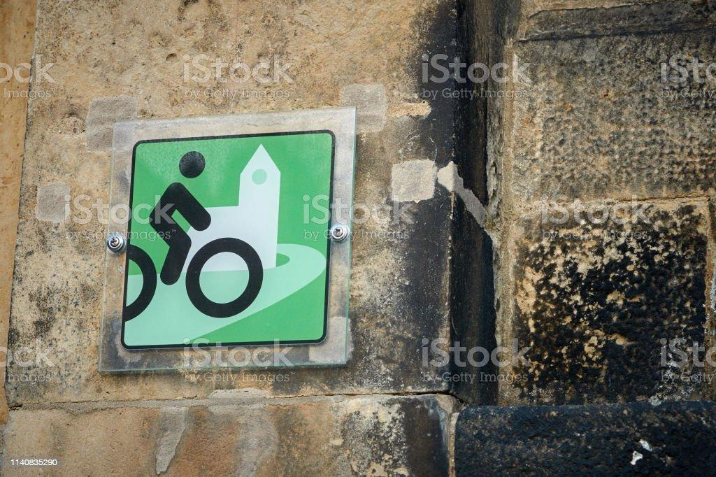 Hinweis auf eine Radkirche – Foto