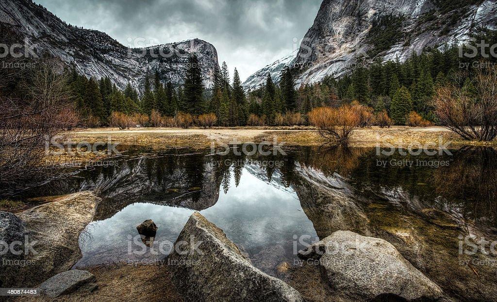Reflets sur le lac photo libre de droits