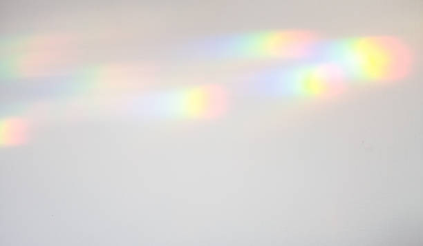 refracted light creating colour spectrum patterns - 光譜 個照片及圖片檔