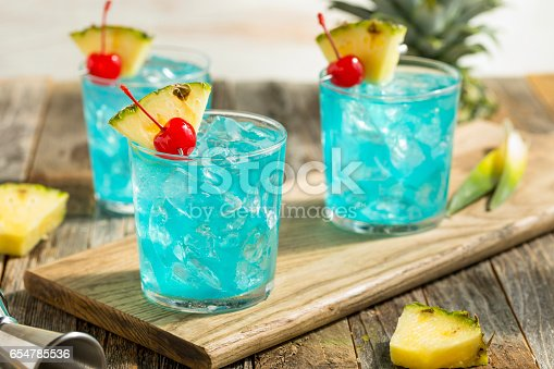 istock Refreshing Blue Hawaii Cocktail Punch 654785536