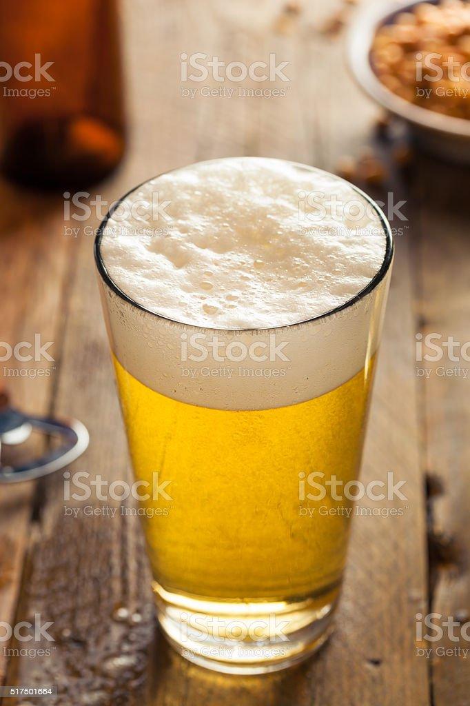 爽やかな夏のビール 1 パイント ...