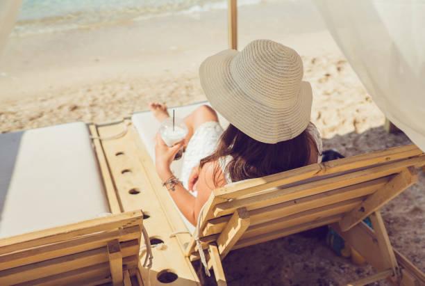 Refreshment on the beach picture id1149404144?b=1&k=6&m=1149404144&s=612x612&w=0&h=aszlxann6erpzoaarkxtg7a8b4fgrwtbanynvnt7flm=