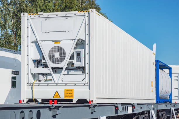 How to avoid a damaged refrigerated container?