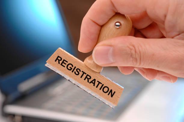Registrierung auf Stempel in Behörde gedruckt – Foto