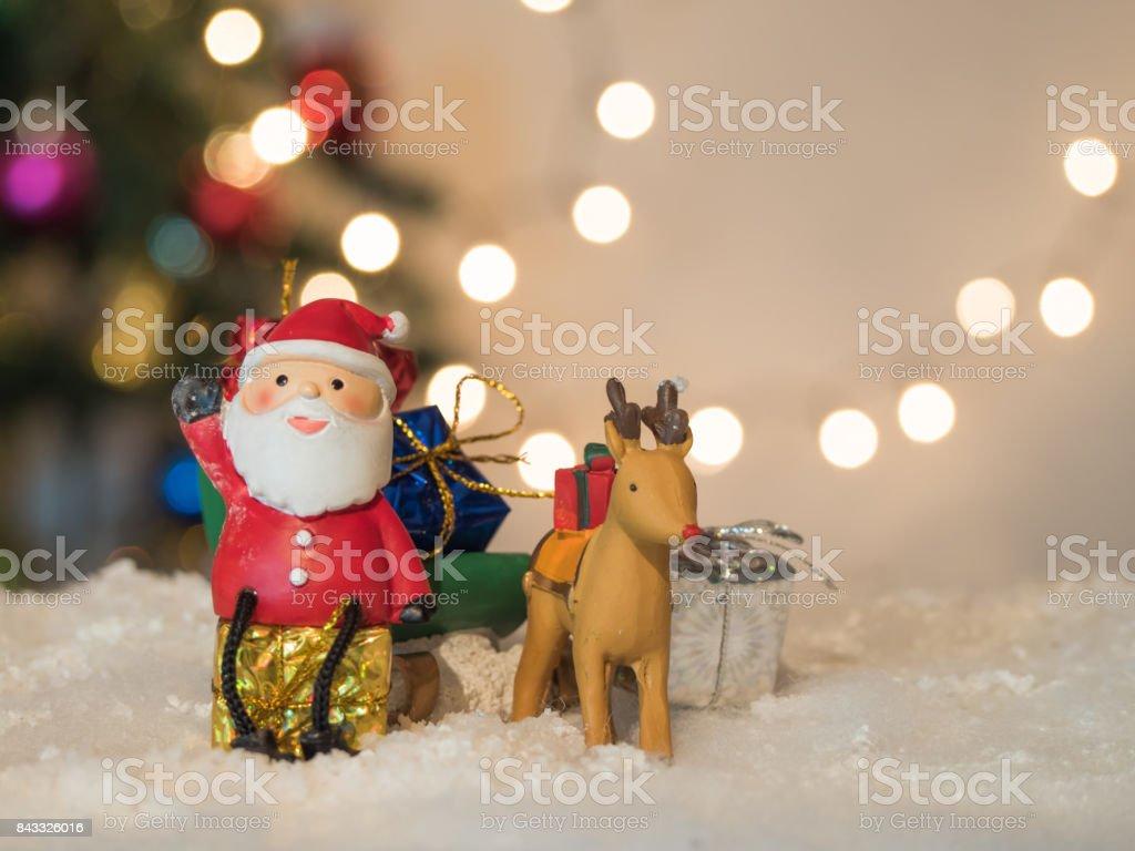 Reindeer Lug Green Sleigh Santa Claus Sit On Box Gesticulate