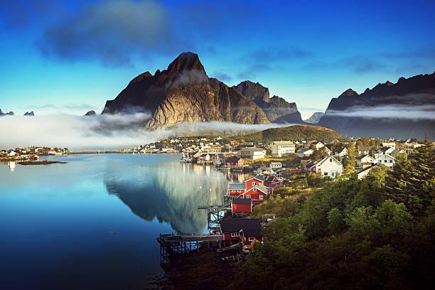 Reine Village, Lofoten Islands, Norway Reine Village, Lofoten Islands, Norway lofoten stock pictures, royalty-free photos & images