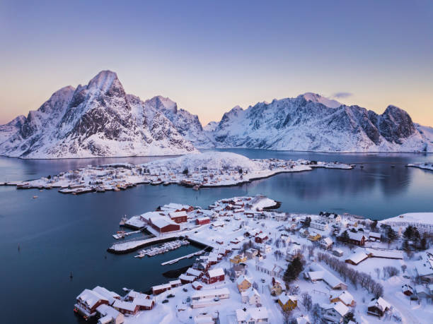 Reine Village auf den Lofoten in der Wintersaison, Norwegen – Foto