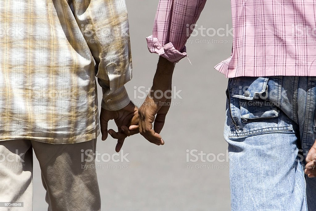 Beziehung-Paar gehen hand in zusammen – Foto