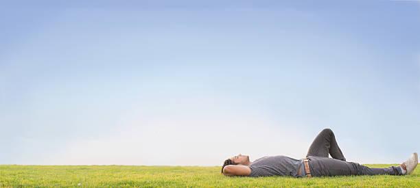 relax - yatmak stok fotoğraflar ve resimler