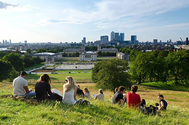 Entspannen im Greenwich Park mit Blick über London – Foto