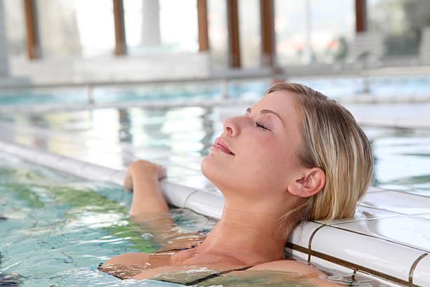 Entspannen Sie im spa-pool – Foto