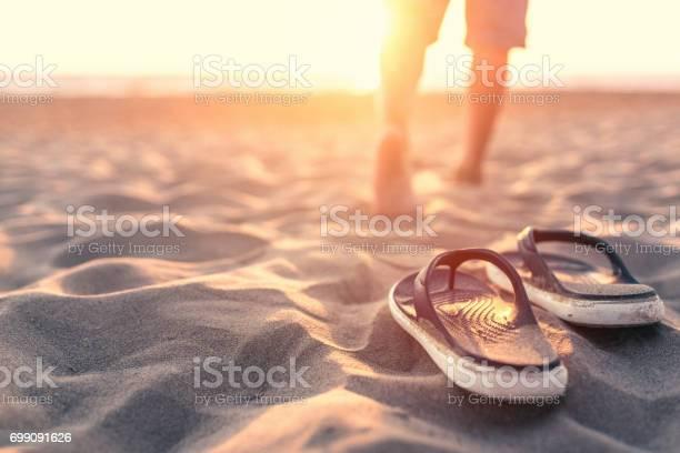 Relaxing near sea at sunset picture id699091626?b=1&k=6&m=699091626&s=612x612&h=uteimefcizsvt2iwvkujflmi8oivvlrkpjbwddsty0s=
