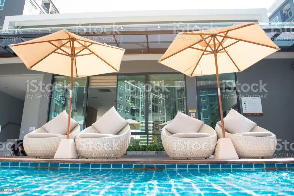 Rattan sandalye rahatlatıcı royalty-free stock photo