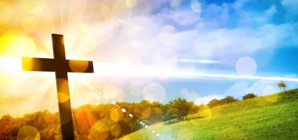 çapraz ile dini temsil ve doğa manzara arka plan - sembolizm akımı stok fotoğraflar ve resimler