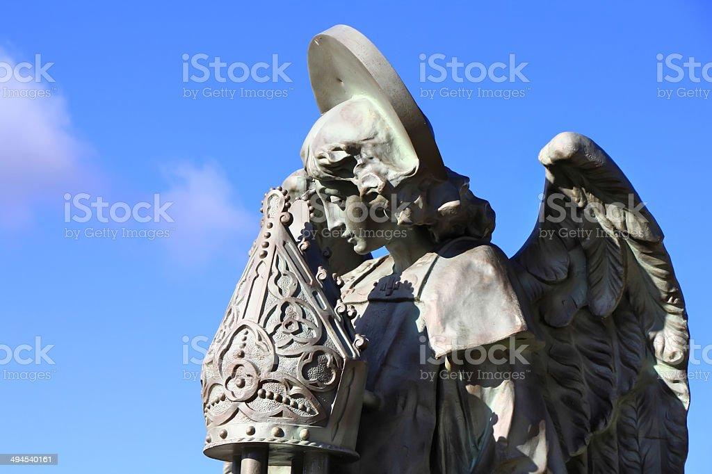 Religiosa esculturas en el Palacio de Gaudí, Astorga España - foto de stock