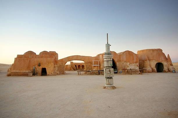 ruínas do filme star wars em ong jemel - star wars - fotografias e filmes do acervo