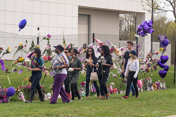 Remembering Prince at Paisley Park Chanhassen MN, USA - April 21, 2016: Remembering Prince at Paisley Park prince musician stock pictures, royalty-free photos & images