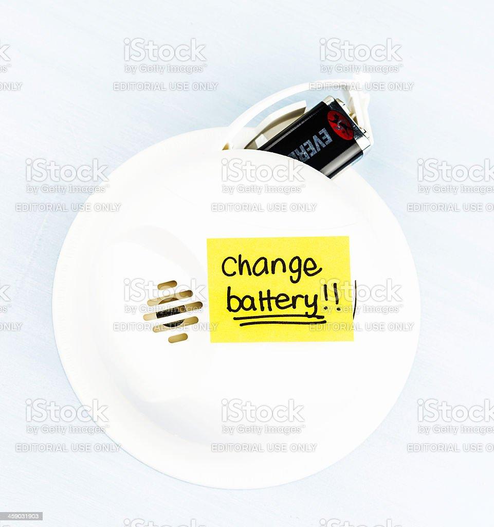 Reminder to Change Battery in Smoke Detector bildbanksfoto