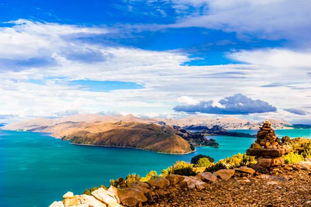 的的喀喀湖湖的偏遠景觀-玻利維亞 - 玻利維亞 個照片及圖片檔